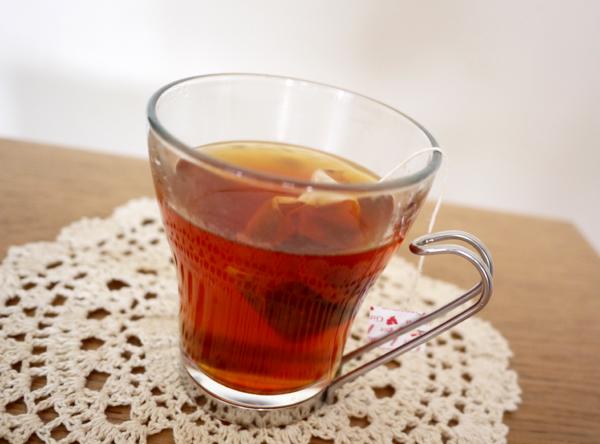 生姜とシナモンのあったか紅茶淹れる